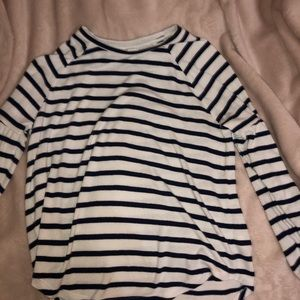 navy blue and white stripped long sleeve sweater